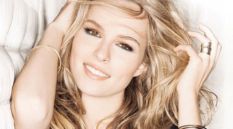 tmb_456x253_rad_bridgit_mendler_ready_or_not_keyart_v2