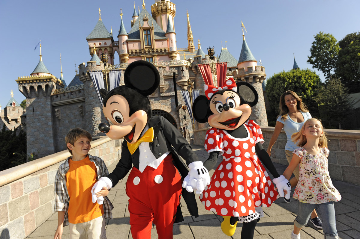 ins_specialoffers_disneyland