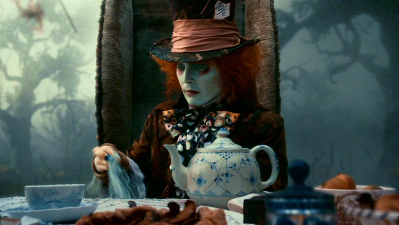 Tim Burton's Alice in Wonderland Teapot 1360
